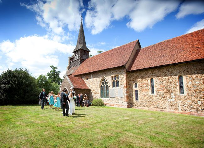 video-a-whole-wedding-day-in-just-2-minutes-at-braxted-park-church