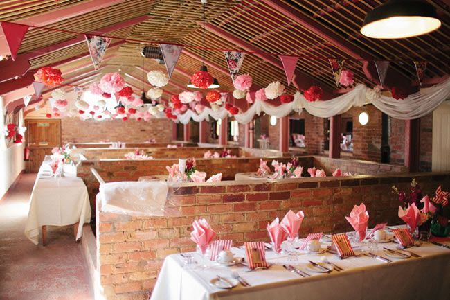 we-love-this-stunning-pink-and-red-wedding-theme-from-rebecca-and-luke-mikiphotography.co.uk-115