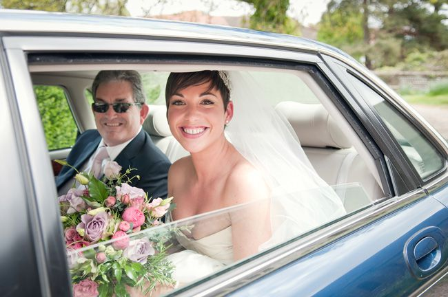 14-ways-to-look-fabulous-in-your-wedding-photographs-DEEP-BREATHS-sarareeve.com