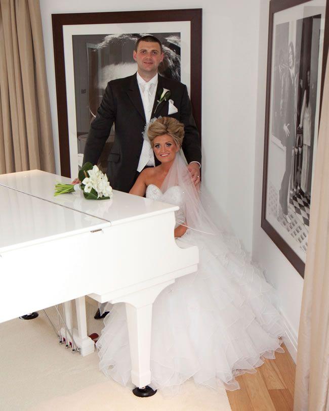 20-essential-wedding-photographs-to-take-at-your-venue-12-karenjulia.com