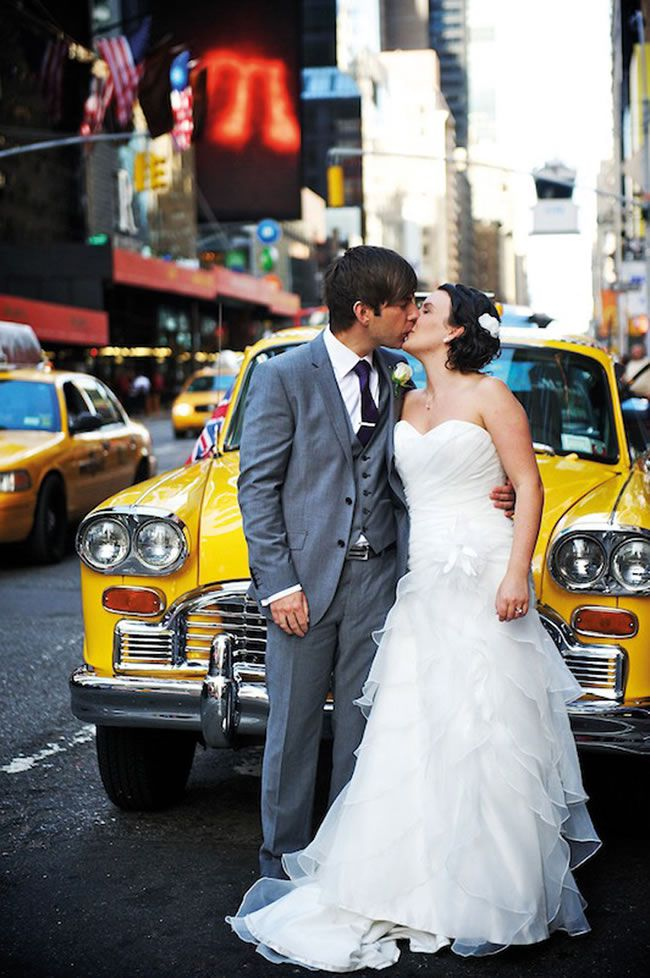 20-essential-wedding-photographs-to-take-at-your-venue-2-b-freedweddings.com