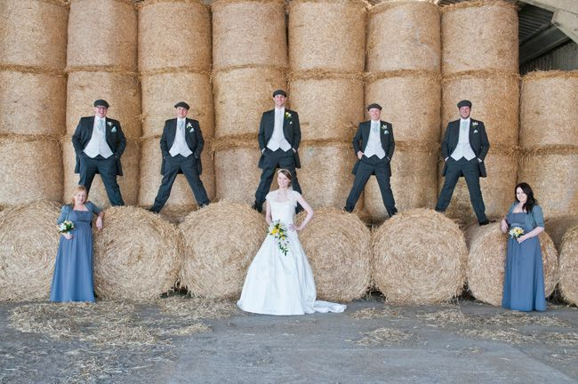 20-fun-wedding-photo-ideas-for-your-bridal-party-bluelightsphotography.co.uk--Skepper_363