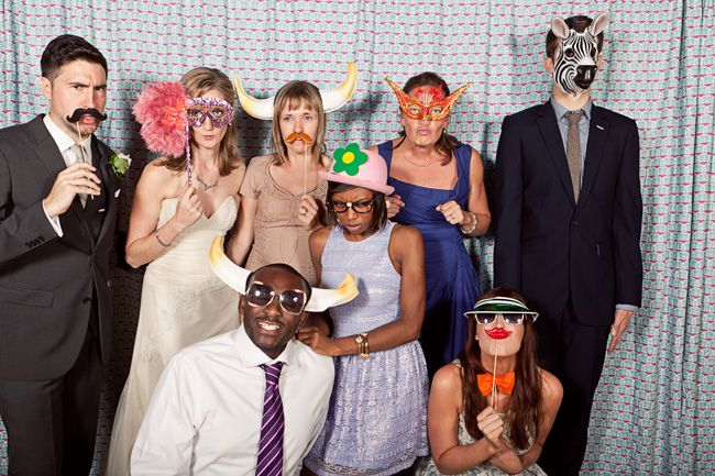 20-fun-wedding-photo-ideas-for-your-bridal-party-cottoncandyweddings.co.ukC&R-665