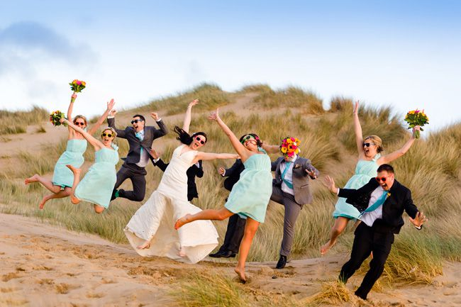 20-fun-wedding-photo-ideas-for-your-bridal-party-shoot-lifestyle.co.uk--HM-0771