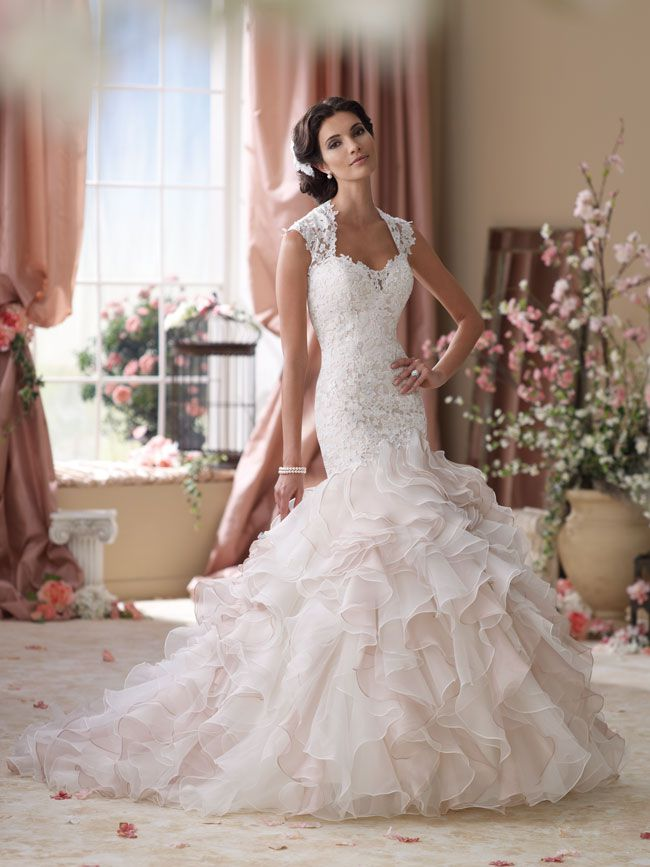 Wedding Dress Create.5 Wedding Dresses That Will Make You Look Slimmer In Seconds