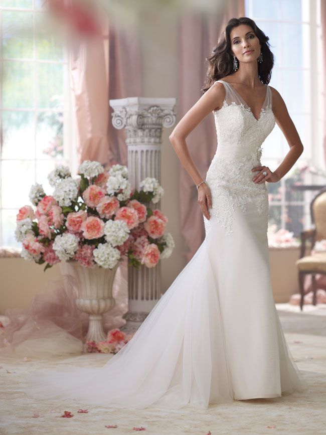 5-wedding-dresses-that-will-make-you-look-slimmer-in-seconds-114284_022_Hero