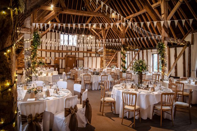 7-of-the-best-barn-venues-for-a-rustic-wedding-theme-clock-barn-burlison-photography-5