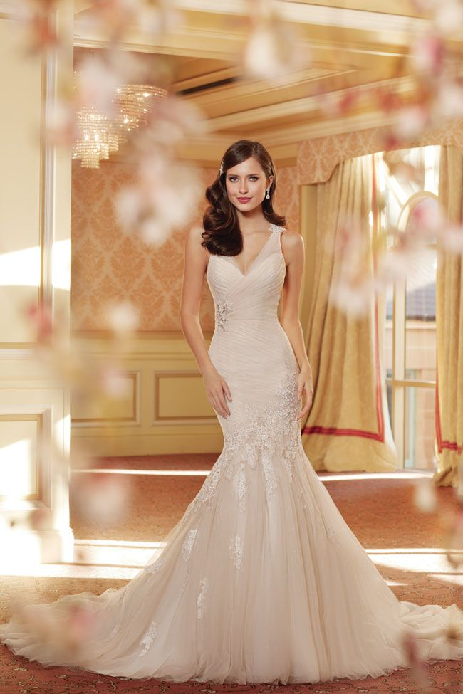 7-picture-perfect-wedding-dresses-from-sophia-tolli-Y11418_Day1_11_791