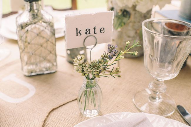 7-trending-wedding-reception-details-for-summer-2014-Bud-Vase-Name-Card-Holder-12-for-4-The-Wedding-of-my-Dreams--Credit-Daffodil-Waves-Photography-(87)