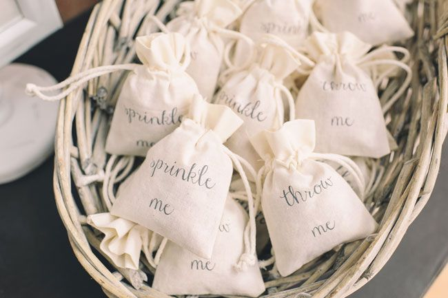 7-trending-wedding-reception-details-for-summer-2014-Confetti-Bags-1.50-The-Wedding-of-my-Dreams--Credit-Daffodil-Waves-Photography-(155)