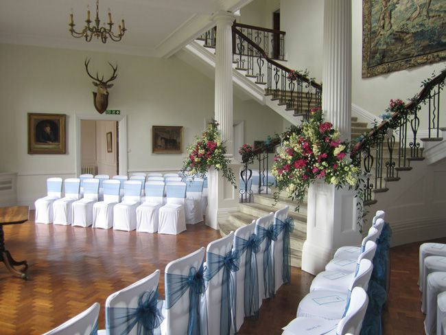 8-simple-wedding-planning-tips-that-will-make-you-day-run-smoothly-Main-Hall-Scorrier-House