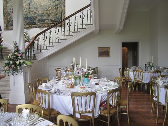 8-simple-wedding-planning-tips-that-will-make-you-day-run-smoothly-scorrier-house-tables