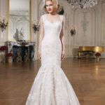 fashion-forward-details-and-classic-silhouettes-at-justin-alexander-8741_016