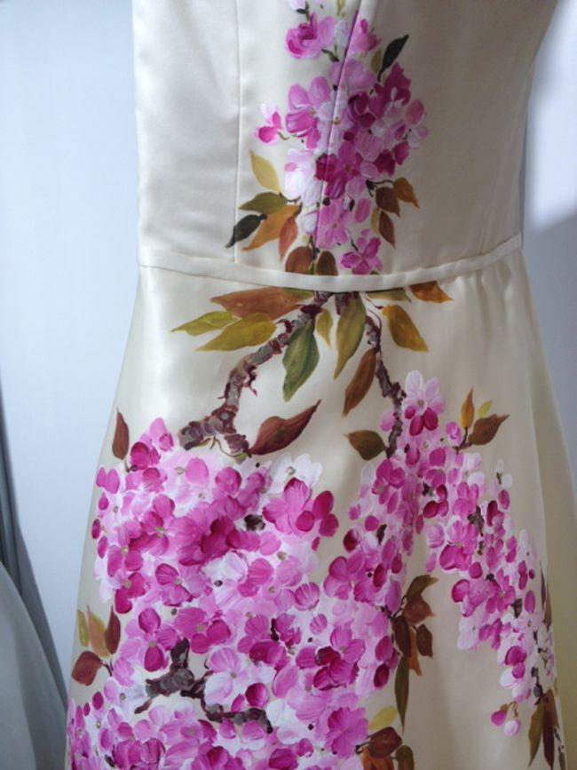 hot-off-the-catwalk-2015-wedding-dress-trends-revealed-alan-hannah-flowers