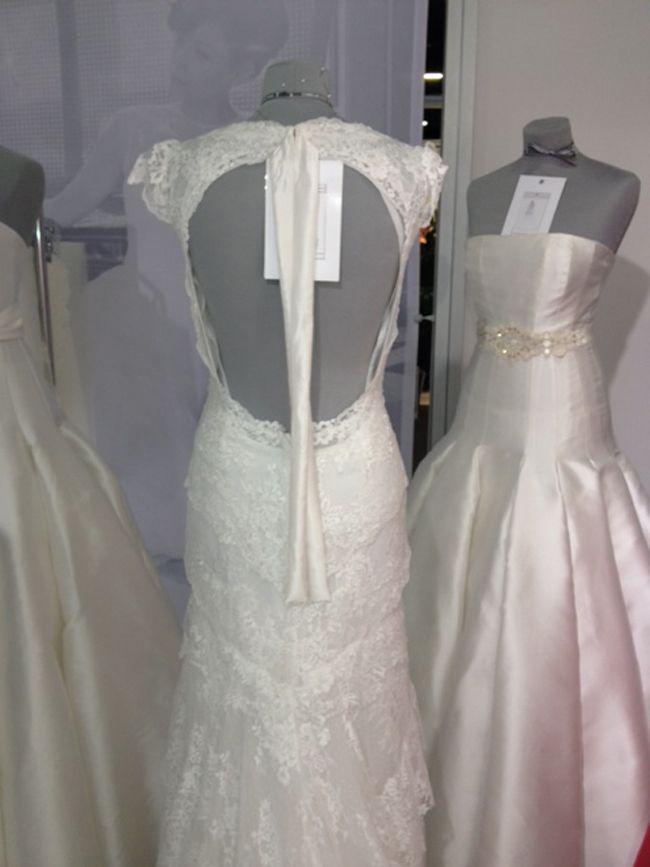 hot-off-the-catwalk-2015-wedding-dress-trends-revealed-alan-high-neck-cymbeline
