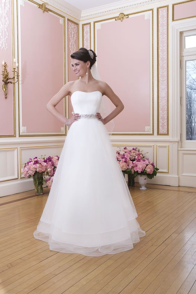 learn-the-lingo-wedding-dress-jargon-unveiled-6030_087