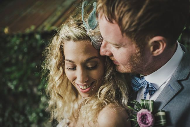 Victoria and Richard's Scottish wedding © thismodernlove.co.uk