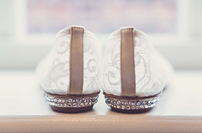 Charlotte and Rob's quirky vintage wedding © clairepennphotography.com