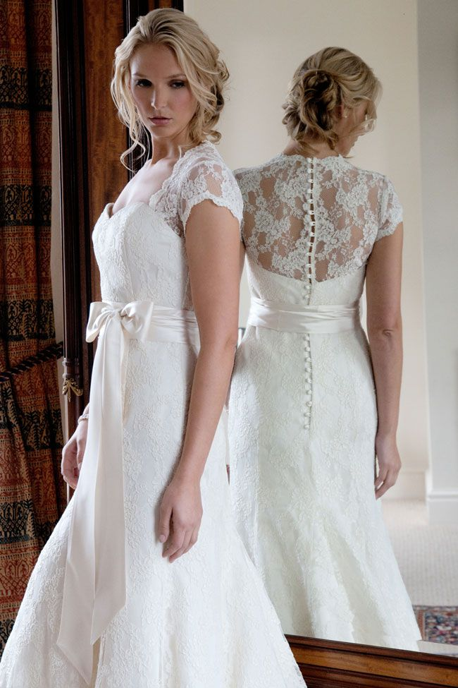 wedding-dresses-with-the-wow-factor-from-forget-me-not-designs-Anguilla
