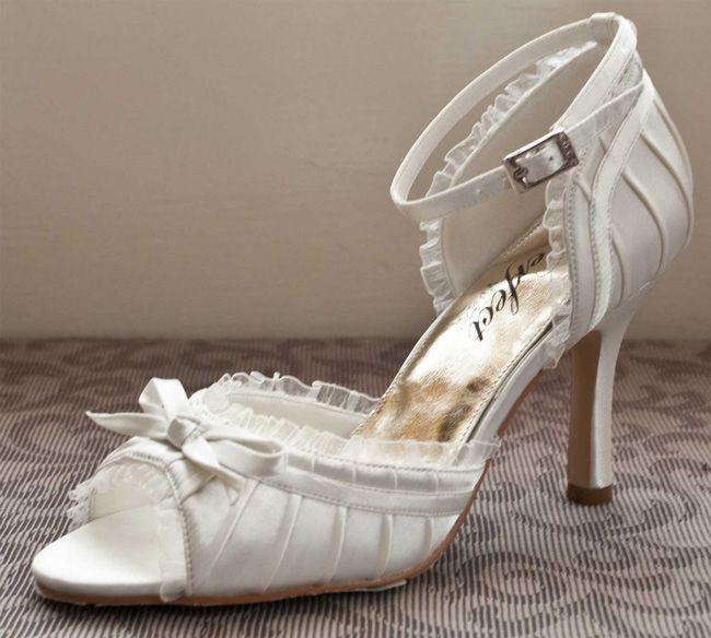 10-of-the-best-wedding-shoes-for-summer-2014-Carol