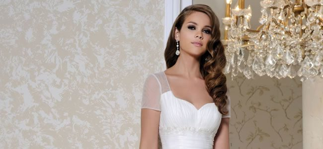 12 Of The Most Beautiful Wedding Dresses For Under 1 000