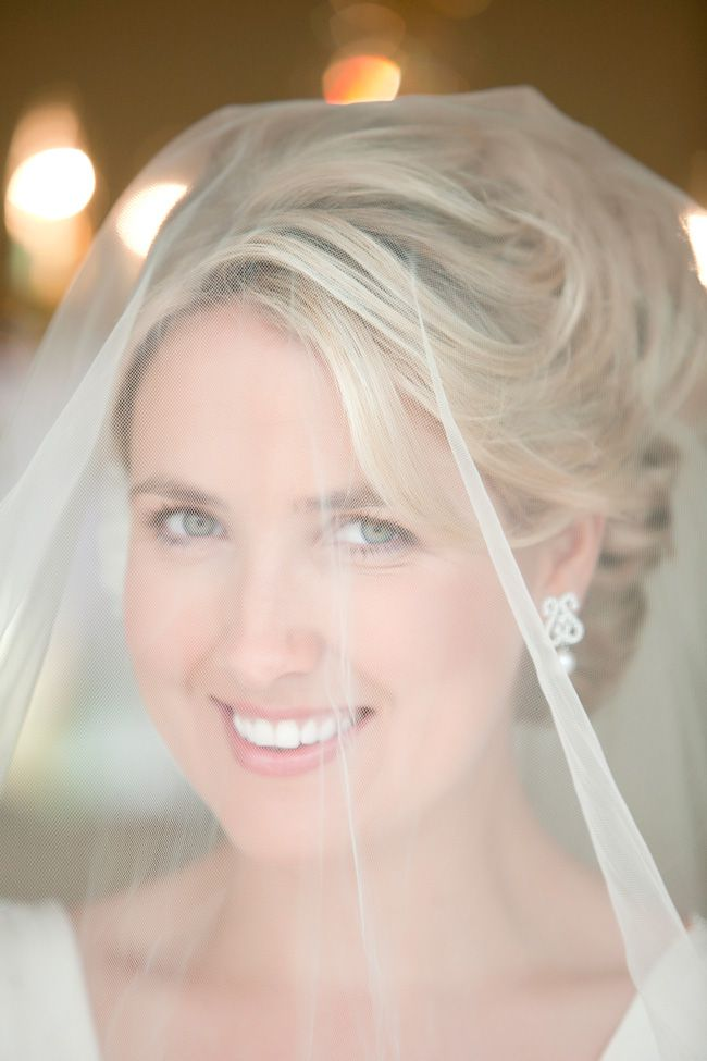 17-of-the-most-elegant-updos-from-real-weddings-mariannemccourt.com