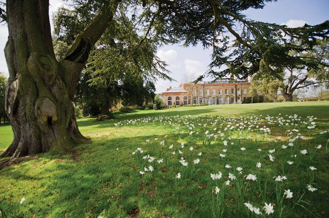 50-of-the-best-uk-wedding-venues-part-1-Braxted