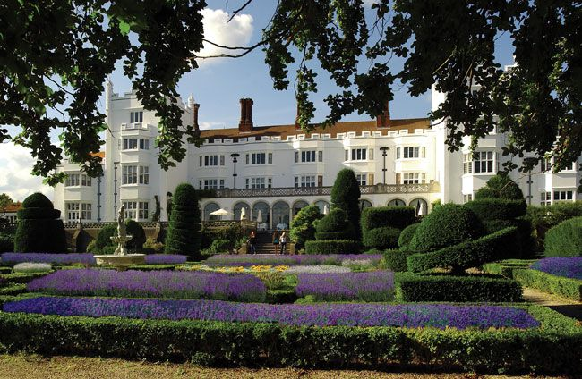 50-of-the-best-uk-wedding-venues-part-1-Danesfield_House