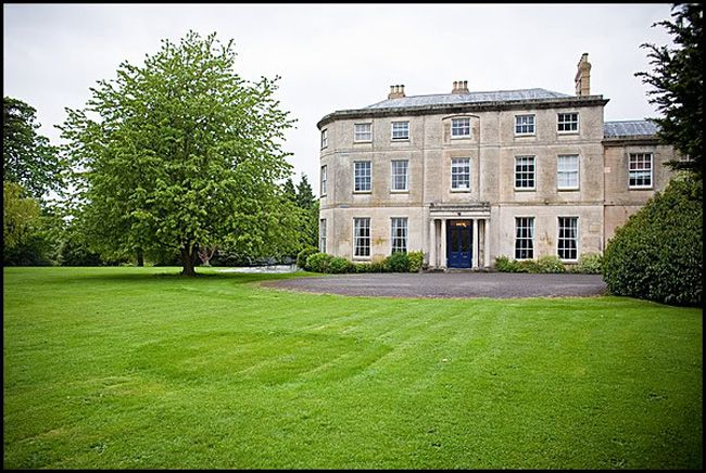 50-of-the-best-uk-wedding-venues-part-1-Eastington-Park