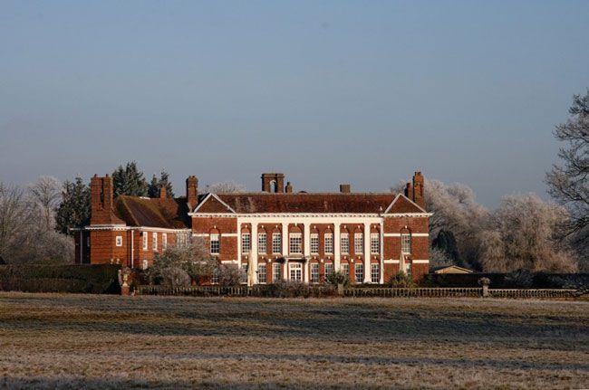 50-of-the-best-uk-wedding-venues-part-1-Parklands