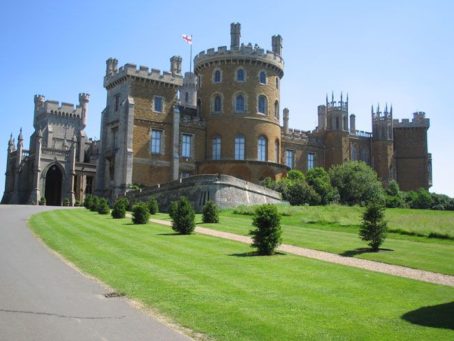 50-of-the-best-uk-wedding-venues-part-2-Belvoir_Castle