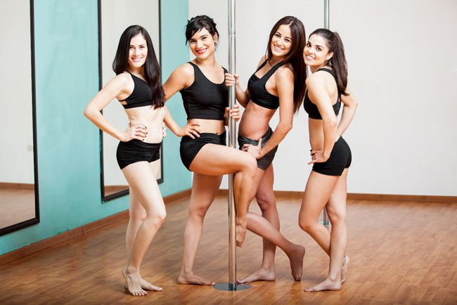 6-sexy-hen-night-ideas-that-will-get-your-pulse-racing-pole-dancing