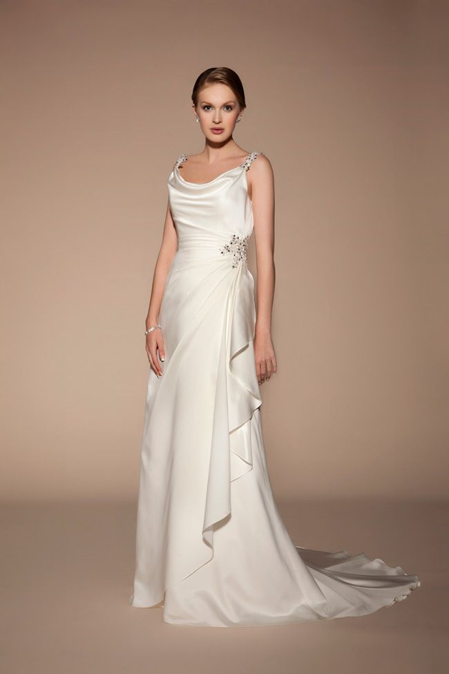 8-lightweight-wedding-dresses-to-keep-you-cool-in-summer-TIA-5408-Front