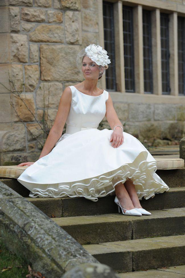 8-super-wedding-dresses-for-spring-from-forget-me-not-designs-Reubens