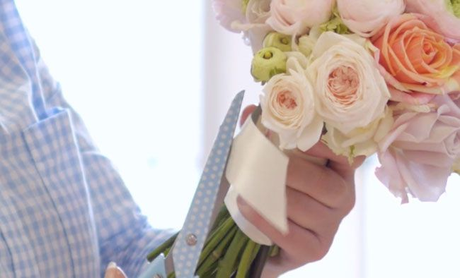 Go-behind-the-scenes-at-the-Wedding-Ideas-cover-shoot-flowers