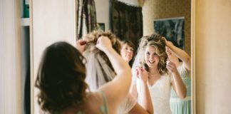 a-beautiful-vintage-real-wedding-at-scorrier-house-in-cornwall-dress