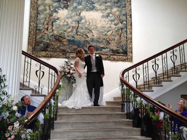 a-beautiful-vintage-real-wedding-at-scorrier-house-in-cornwall-stairs-guests
