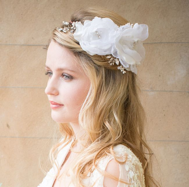 beautiful-bridal-accessories-to-complement-four-fab-necklines-Flora-Headband-£168-Chez-Bec-(2)