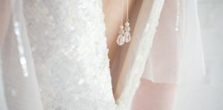 chez-becs-new-accessory-is-perfect-for-backless-wedding-dresses-Pandora-back-lariat-close-up-55-chez-bec