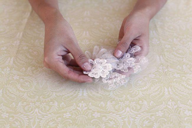 diy-tutorial-how-to-make-a-vintage-lace-bridal-belt-step-2