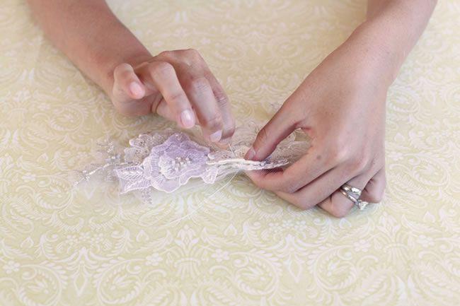 diy-tutorial-how-to-make-a-vintage-lace-bridal-belt-step-4