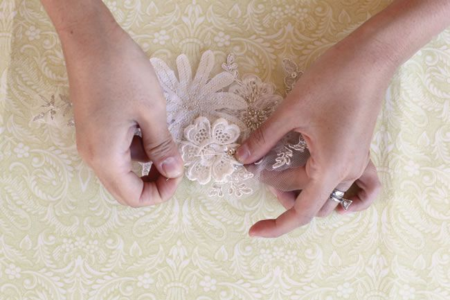diy-tutorial-how-to-make-a-vintage-lace-bridal-belt-step-5