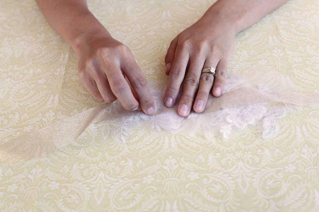 diy-tutorial-how-to-make-a-vintage-lace-bridal-belt-step-6