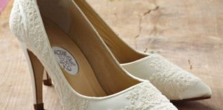 how-to-match-the-right-bridal-shoes-to-your-wedding-dress-Georgiegirl-diane-hassall