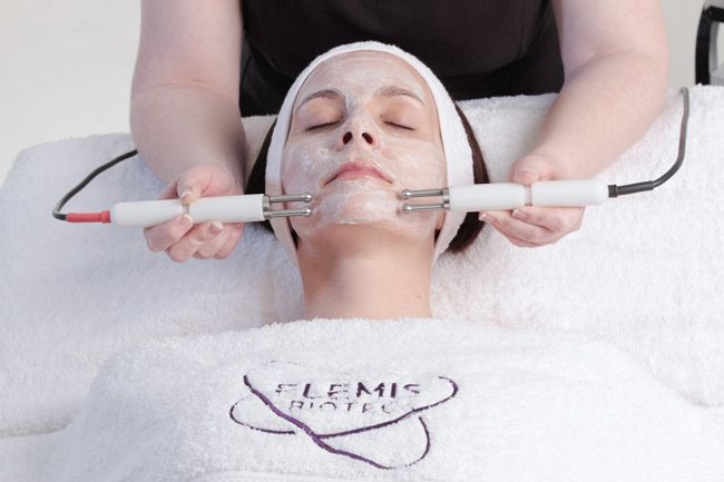 new-elemis-wrinkle-smoothing-facial-is-perfect-for-brides-to-be-facial-1