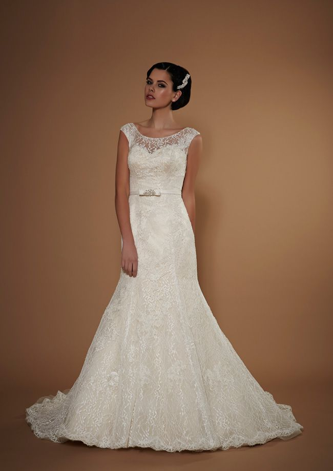 new-opulence-collection-is-perfect-for-princess-brides-hera-opulence-hires-2015