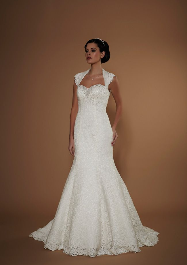 new-opulence-collection-is-perfect-for-princess-brides-hesperia-opulence-hires-2015