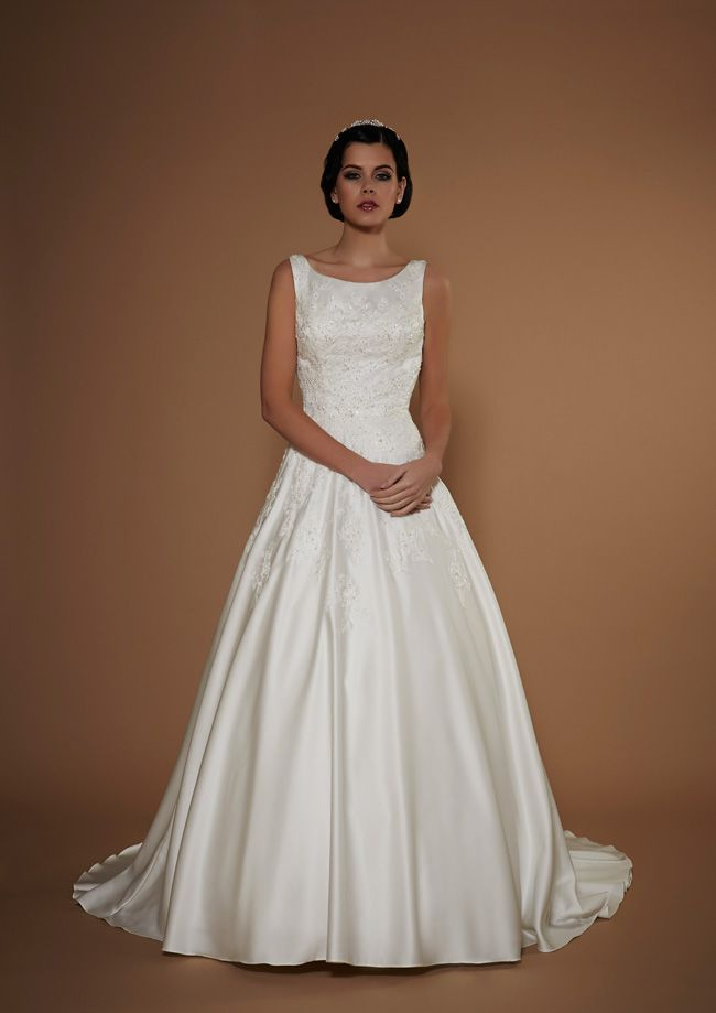new-opulence-collection-is-perfect-for-princess-brides-juventas-opulence-hires-2015