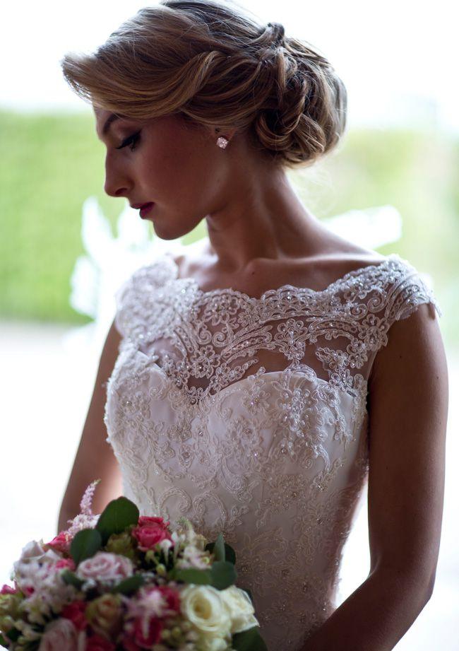 sassy-elegant-and-glamorous-wedding-dresses-revealed-in-styled-shoot-Abigails_Collection_Shoot_EDIT_014_EDIT003