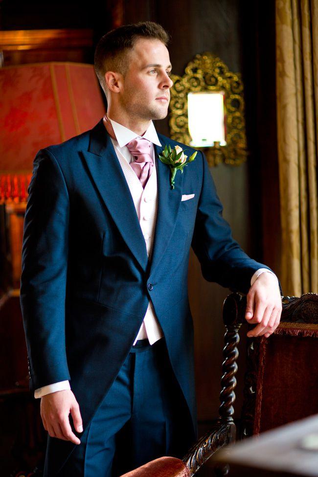 sassy-elegant-and-glamorous-wedding-dresses-revealed-in-styled-shoot-Spains-Hall-Shoot-EDITS020